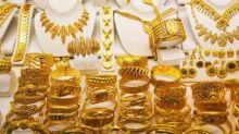 Financial Stocks Soar; Gold ETF Backs Away From Buy Point