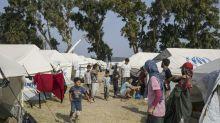 Trump prácticamente bloquea a los refugiados mientras da rienda suelta a una diatriba en contra de los inmigrantes