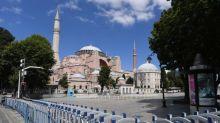 Le président turc Erdogan réagit aux critiques sur la transformation de Sainte-Sophie en mosquée