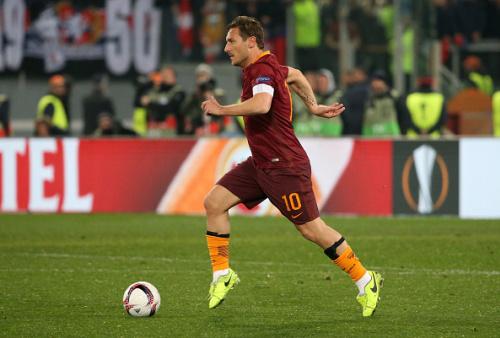 Giorno speciale in casa Roma: 24 anni fa Totti debuttava in Serie A