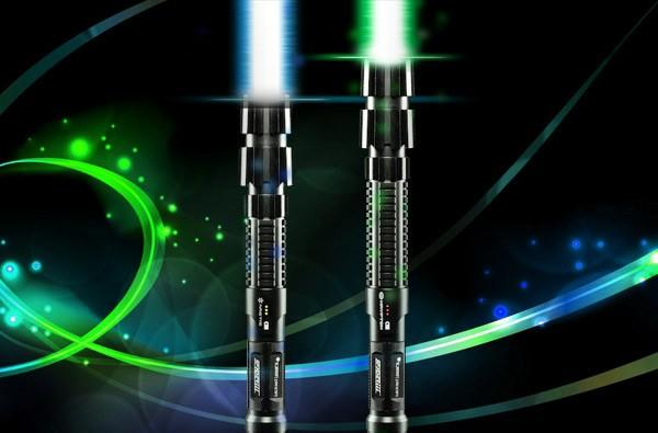 32-inch 'LaserSaber' lights up your Star Wars dreams, burns the curtains (video)