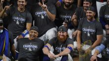 Dodgers' Justin Turner tests positive for coronavirus during World Series win, returns for team photo