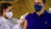 Covid-19 : le Brésil adopte un vaccin chinois malgré les critiques de Bolsonaro