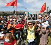 Russian city holds another anti-Kremlin protest over detained governor
