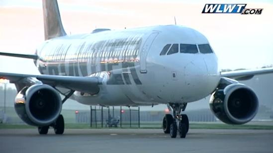 Raw: Frontier Airlines takes off from CVG
