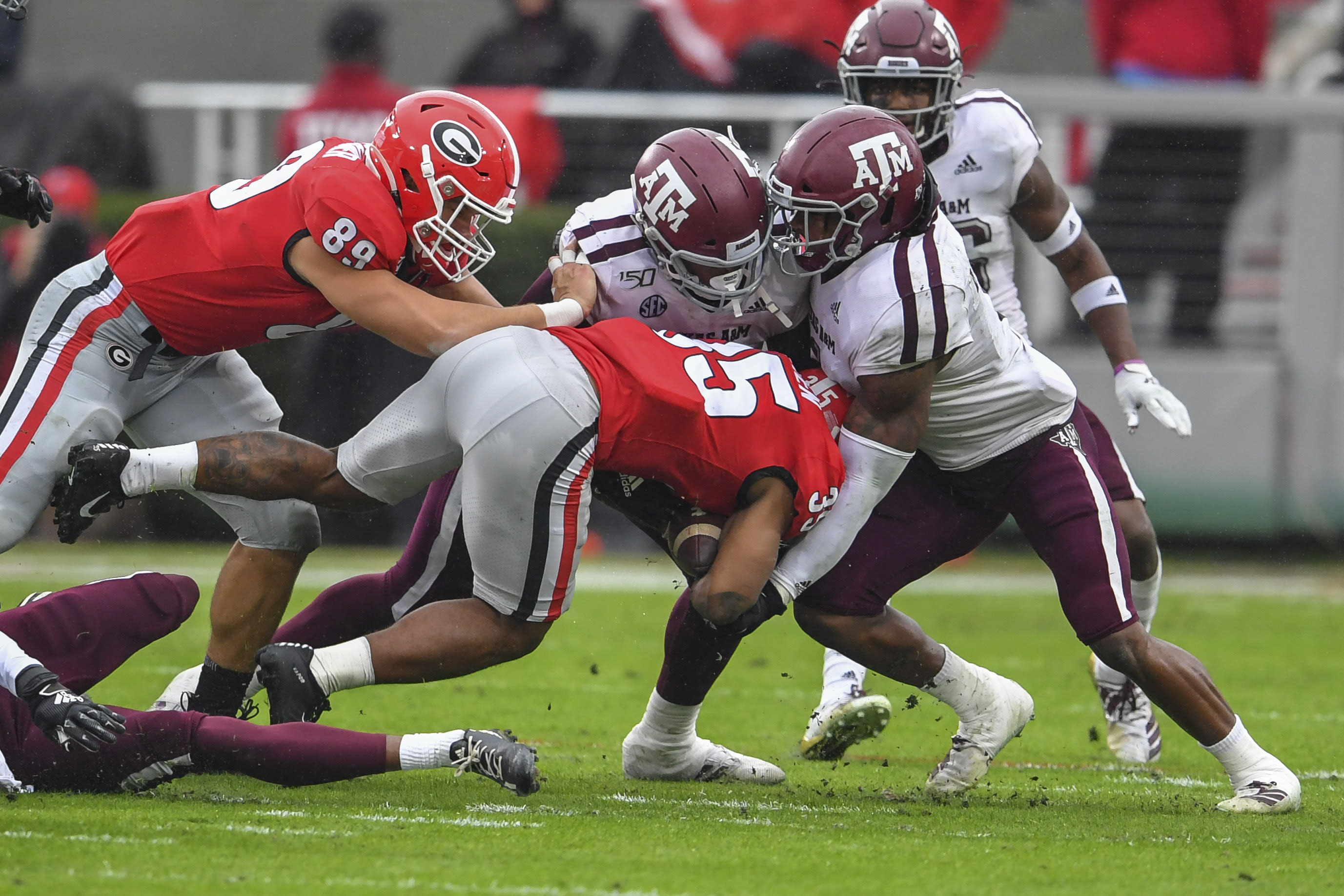 Live blog: Week 13 college football Saturday with Yahoo Sports