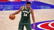 Antetokounmpo propels Bucks over Mavs, James leads Lakers past Pelicans