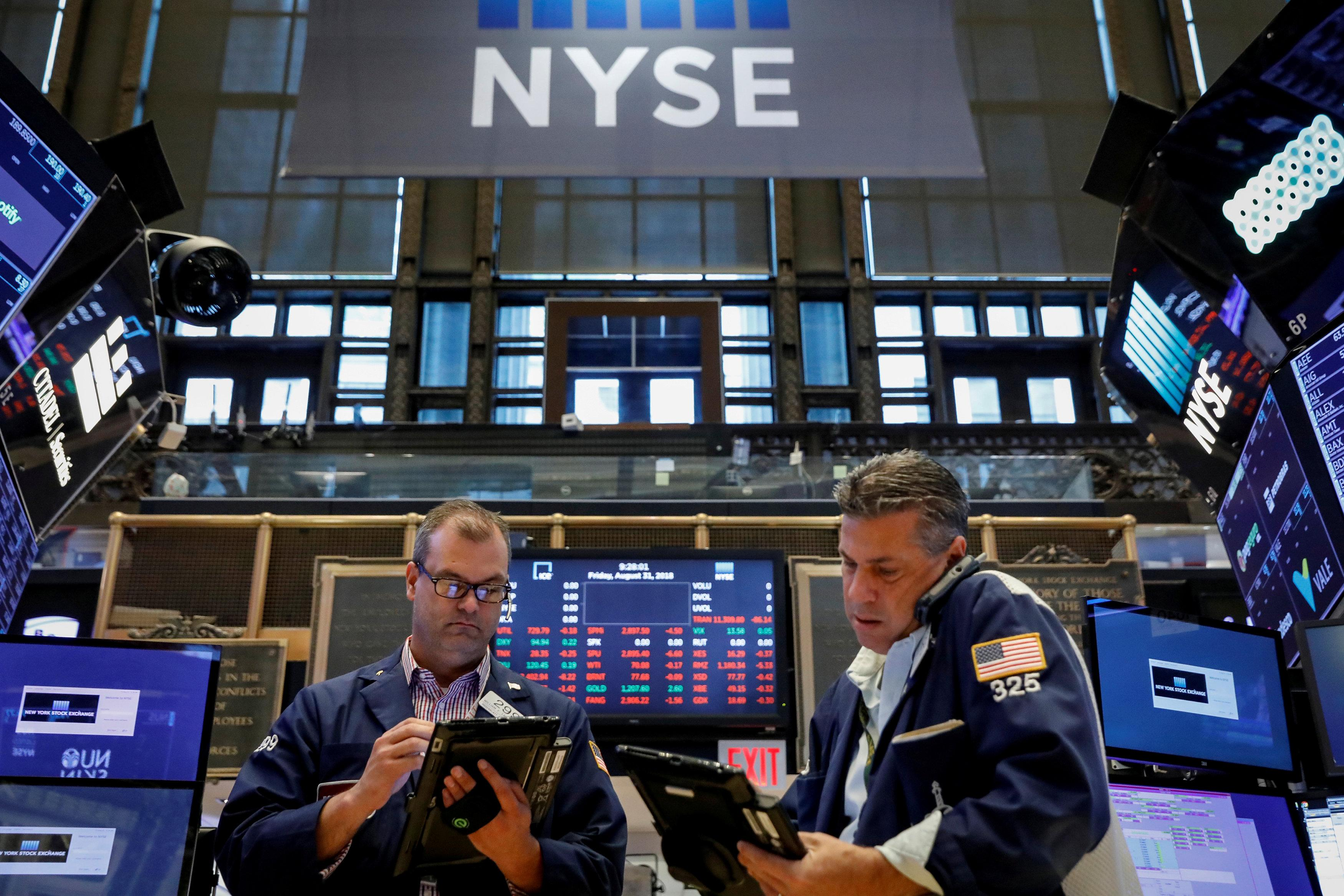 Stocks fall following new home sales declines