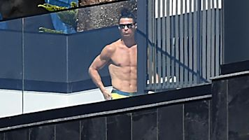Ronaldo under fire for pool pics after fleeing Italy