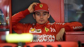 """Ordens da Ferrari para Leclerc e Vettel são """"desgastantes para os dois e desnecessárias"""", diz Victor Martins"""