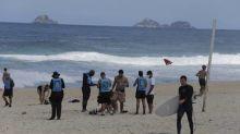 Guarda Municipal retira 300 pessoas das praias do Rio e isolamento na cidade apresenta redução