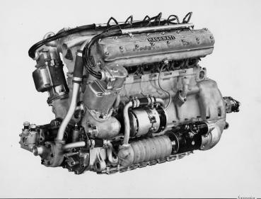 以賽道基因加冕未來!Maserati紀念賽車Tipo 300S問鼎委內瑞拉大獎賽65周年