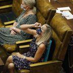 Mask up: Mississippi lawmakers return amid virus outbreak
