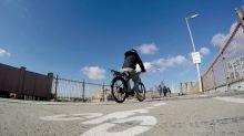 """Autos vs """"bicis"""": El boom ciclista en Nueva York"""