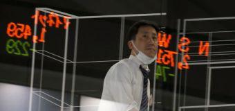 Borsa Tokyo in calo su risultati societari negativi, Toyota in controtendenza