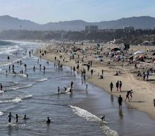 California's population falls in first-ever yearly decline