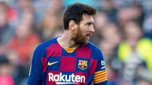 Pai de Messi se reúne com Barcelona e admite que argentino pode ficar no clube