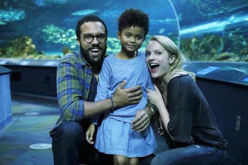 O-T Fagbenle as Luke, Jordana Blake as Hannah and Elisabeth Moss as Offred in Hulu's The Handmaid's Tale. (Photo: George Kraychyk/Hulu)