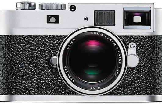 Leica M9-P looks like it costs a fortune, doesn't disappoint