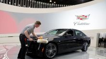Tesla Autopilot 'a distant second' to GM's Super Cruise in hands-free test: Consumer Reports