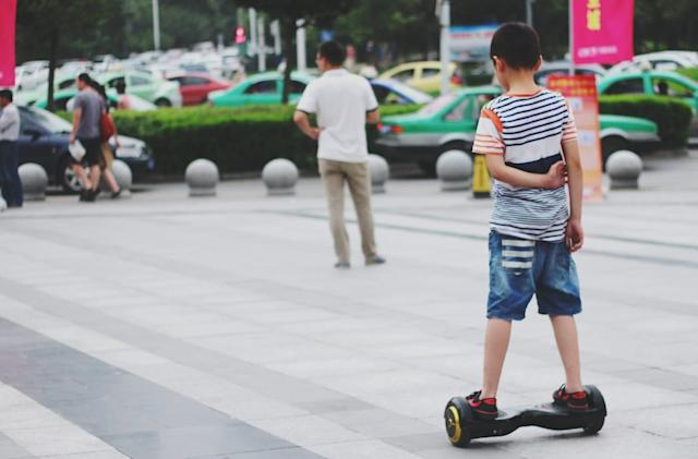 US officials investigate 'hoverboard' safety