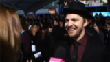 Video: Gavin DeGraw Gushes About His Fellow Artists on AMAs Red Carpet