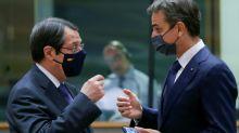 L'UE sanctionne des responsables bélarusses et menace Ankara
