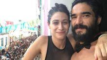 Após divórcio de Maria Ribeiro, Caio Blat planeja casamento com Luisa Arraes