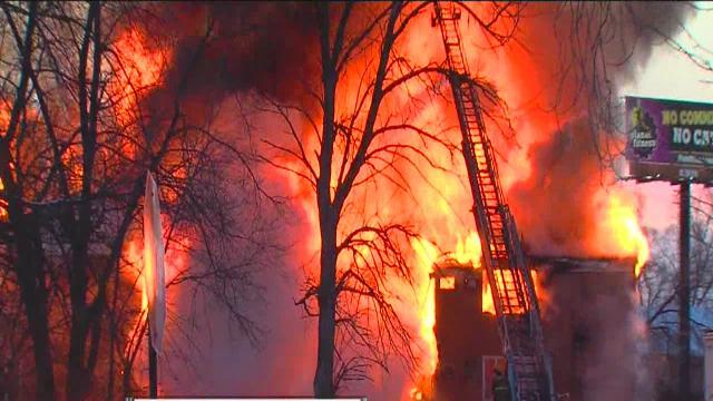 Four-alarm Detroit apartment fire update