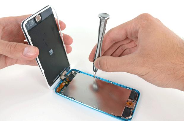 iFixit tears into the new iPod touch, bemoans lack of repairability