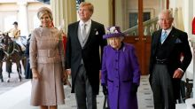 Queen Elizabeth II hosts Dutch king and queen at palace