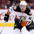 Ducks' Hampus Lindholm, Sami Vatanen out long-term for shoulder surgery