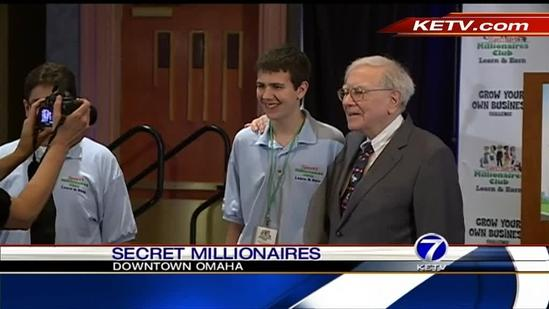 Warren Buffett gives young entrepreneurs 10 shares