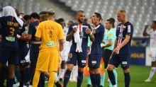 Foot - C. Ligue - PSG - Layvin Kurzawa seul blessé de la finale de la Coupe de la Ligue côté PSG