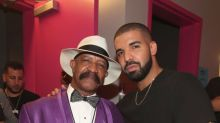 Drake's Dad Has the Best Night Ever at the Billboard Music Awards