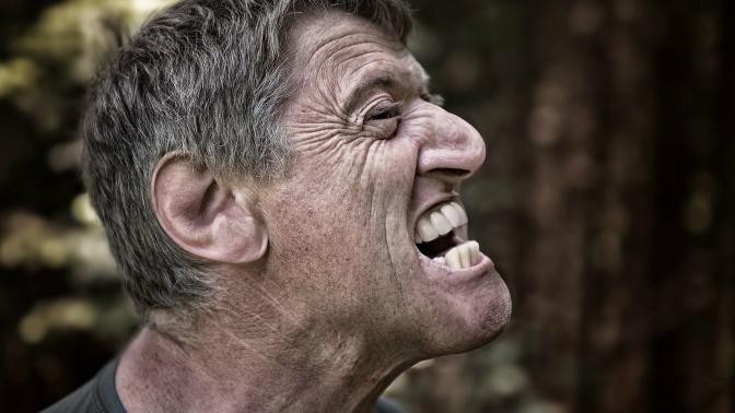 Queda dos dentes é sinal de doença grave!