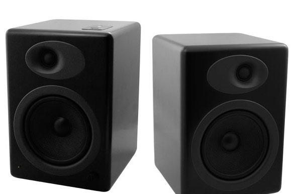 Engadget's recession antidote: win a pair of Audioengine A5 speakers!