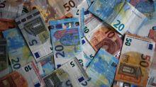Misterioso descubrimiento de una maleta con medio millón de euros en un sótano en París