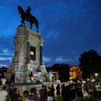 Pressure mounts to remove Confederate monuments amid US protests