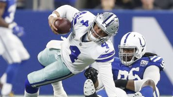 Cowboys collapse, blow shot to clinch division