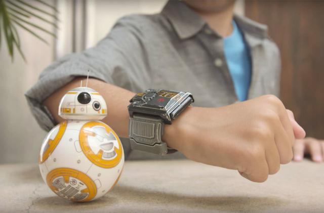 Sphero's Force Band, battle-worn BB-8 arrive on September 30th