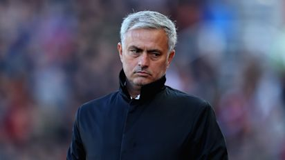 Jose Mourinho's Man United midfield crisis