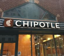 Chipotle minimum wage hike to $15 deals 'psychological' blow to restaurant industry: top analyst