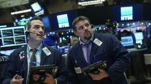 Wall Street finit à des records, galvanisée par la réforme fiscale