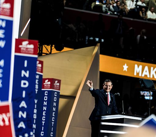 Not Everyone is Booing Ted Cruz For Not Endorsing Donald Trump