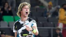 Rublev sorprende a Tsitsipas y gana el ATP 500 de Hamburgo