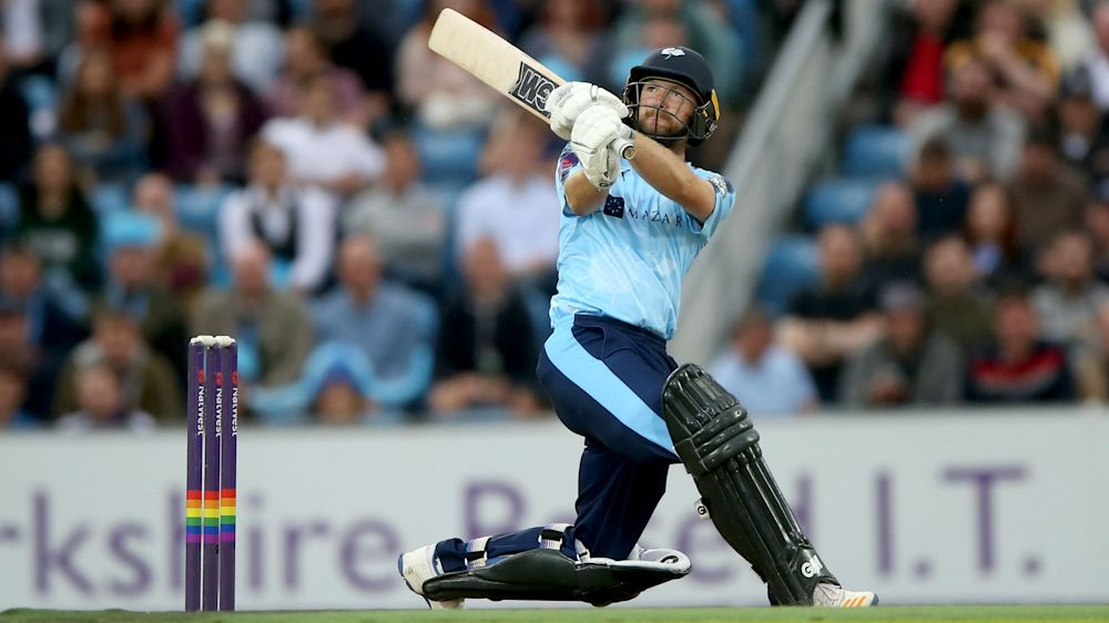 Lyth thumps 161 as Yorkshire plunder 260 in T20