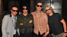 Stone Temple Pilots Issue Statement on the Death of Former Frontman Scott Weiland