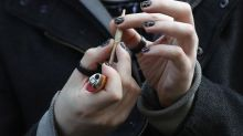 """Amende forfaitaire pour les consommateurs de cannabis : """"On fait une fixette sur la réponse pénale"""", déplore un addictologue"""