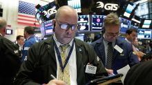 Stocks Fade After Fed Minutes; Homebuilder Vies For Breakout